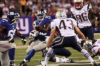 RB Andre Brown (Giants) gegen DB Nate Ebner (Patriots)
