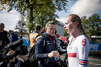 3rd place finisher / bronze medalist Elynor Bäckstedt (GBR)<br /> <br /> post-race moments at the Women Junior Individual Time Trial<br /> <br /> 2019 Road World Championships Yorkshire (GBR)<br /> <br /> ©kramon