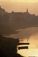 Europe/France/Centre/37/Indre-et-Loire/Chinon: Aube sur la Vienne