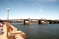 Portland: The Williamette River and Morrison Bridge.  Photo '86.