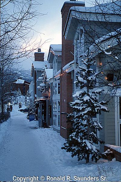 BRECKENRIDGE SNOW STREET SCENERY