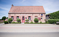 roadside bar/restaurant In De Zon<br /> cycling hotspots & impressions in Heuvelland<br /> <br /> Cycling In Flanders <br /> Flanders Tourist Board<br /> <br /> ©kramon
