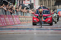 Vincenzo Nibali (ITA/Bahrain-Merida) nearing the finish line in Milano<br /> <br /> stage 21: Monza - Milano (29km)<br /> 100th Giro d'Italia 2017