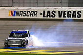 NASCAR Camping World Truck Series<br /> Las Vegas 350<br /> Las Vegas Motor Speedway, Las Vegas, NV USA<br /> Saturday 30 September 2017<br /> Ben Rhodes, Safelite Auto Glass Toyota Tundra celebrates his win with a burnout <br /> World Copyright: Russell LaBounty<br /> LAT Images