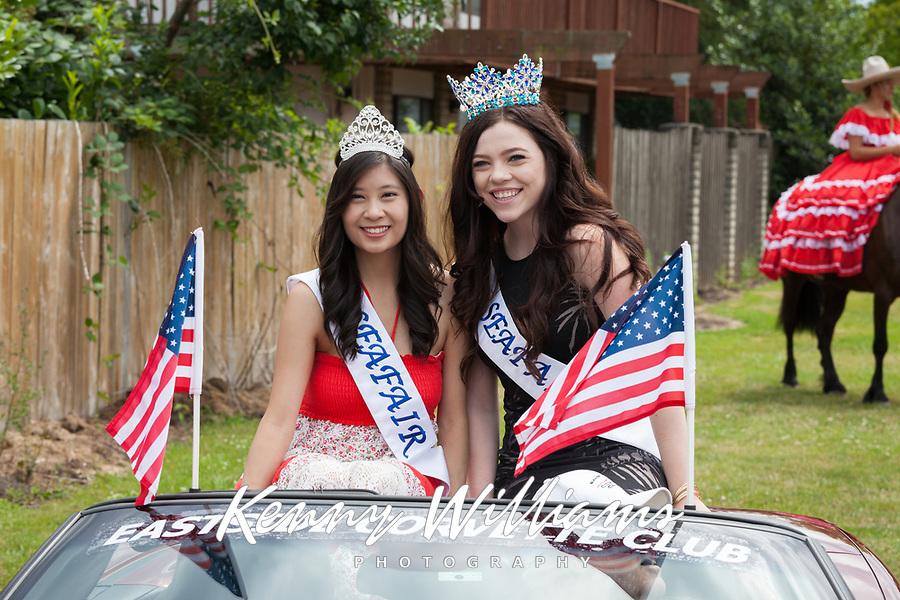 Jennifer Tang & Makenna Evenson, Kent Cornucopia Days, Kent, Washington State, WA, USA.