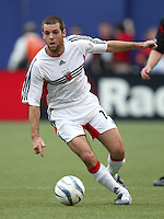 17 April 2004: DC United Ben Olsen in action against MetroStars at Giants' Stadium in East Rutherford, New Jersey.  MetroStars defeated DC United, 3-2.