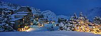 Europe/France/Rhône-Alpes/74/Haute-Savoie/Avoriaz: la station à la tombée de la nuit