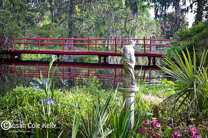 Magnolia Plantation, Red bridge over Cypress Lake, Charleston, SC