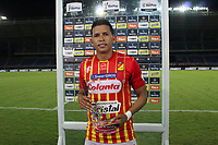 PEREIRA-COLOMBIA, 10–10-2020: Rafael Navarro de Deportivo Pereira es el jugador del partido entre Deportivo Pereira y Envigado F. C., de la fecha 13 por la Liga BetPlay DIMAYOR 2020, jugado en el estadio Hernan Ramirez Villegas de la ciudad de Pereira. / Rafael Navarro of Deportivo Pereira is the player of the match between Deportivo Pereira and Envigado F. C., of 13th date for the BetPlay DIMAYOR League 2020 played at the Hernan Ramirez Villegas in Pereira city. / Photo: VizzorImage / Pablo Bohorquez / Cont.