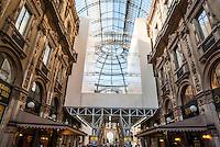 Milano, ponteggio per il restauro della Galleria Vittorio Emanuele II --- Milan, scaffolding for the restoration of the Galleria Vittorio Emanuele II