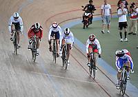 CALI – COLOMBIA – 02-03-2014: Stephanie Morton (Izq.) de Australia, Tania Calvo (2Izq.) de España, Victoria Willamson (3Izq.) de Gran Bretaña, Juliana Gaviria (3Der.) de Colombia, Kayono Maeda (2Der.) de Japon y Ekaterina Gnidenko (Der.) de Rusia, durante la prueba de Keirin Damas en el Velodromo Alcides Nieto Patiño, sede del Campeonato Mundial UCI de Ciclismo Pista 2014. / Stephanie Morton (L) of Australia, Tania Calvo (2L) of Spain, Victoria Willamson (3L) of Great Britain, Juliana Gaviria (3R) of Colombia, Kayono Maeda (2R) of Japan and Ekaterina Gnidenko (R) of Russia during the test of the Women´s Keirin at the Alcides Nieto Patiño Velodrome, home of the 2014 UCI Track Cycling World Championships. Photos: VizzorImage / Luis Ramirez / Staff.