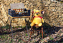 Selling Honey in the Cotswolds  Cotswold   CREDIT Geraint Lewis