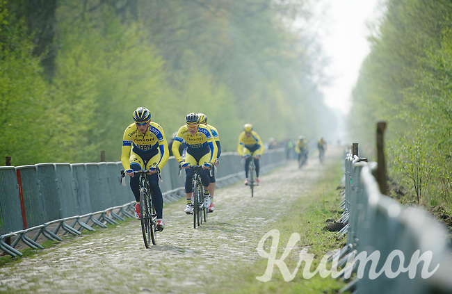 Team Tinkoff SAXO through sector 18: Pavé de la Trouée d'Arenberg<br /> <br /> 2014 Paris-Roubaix reconnaissance