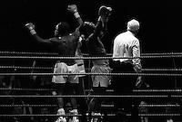 Pix:Michael Steele/SWpix..Boxing. Chris Eubank v Nigel Benn, Manchester...COPYRIGHT PICTURE>>SIMON WILKINSON..Chris Eubank Vs Nigel Benn, Manchester.