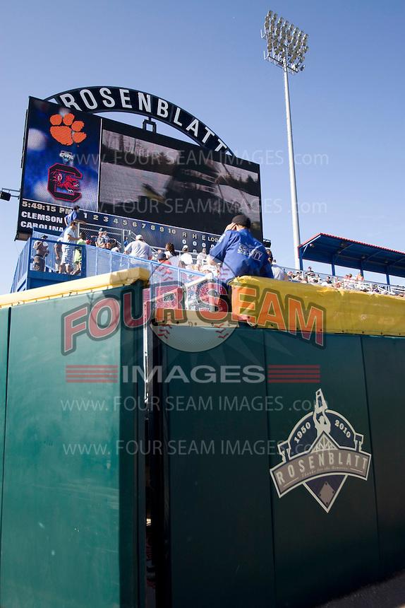 June 26th, 2010 at Johnny Rosenblatt Stadium in Omaha, Nebraska.  (Photo by Andrew Woolley / Four Seam Images)