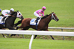 Court Vision with Robby Albarado up wins The Shadwell Turf (gr.I) at Keeneland. 10.10.2009