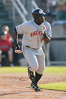 Michael Burgess (30) of the Hagerstown Suns hustles down the first base line versus the Kannapolis Intimidators at Fieldcrest Cannon Stadium in Kannapolis, NC, Sunday May 25, 2008.