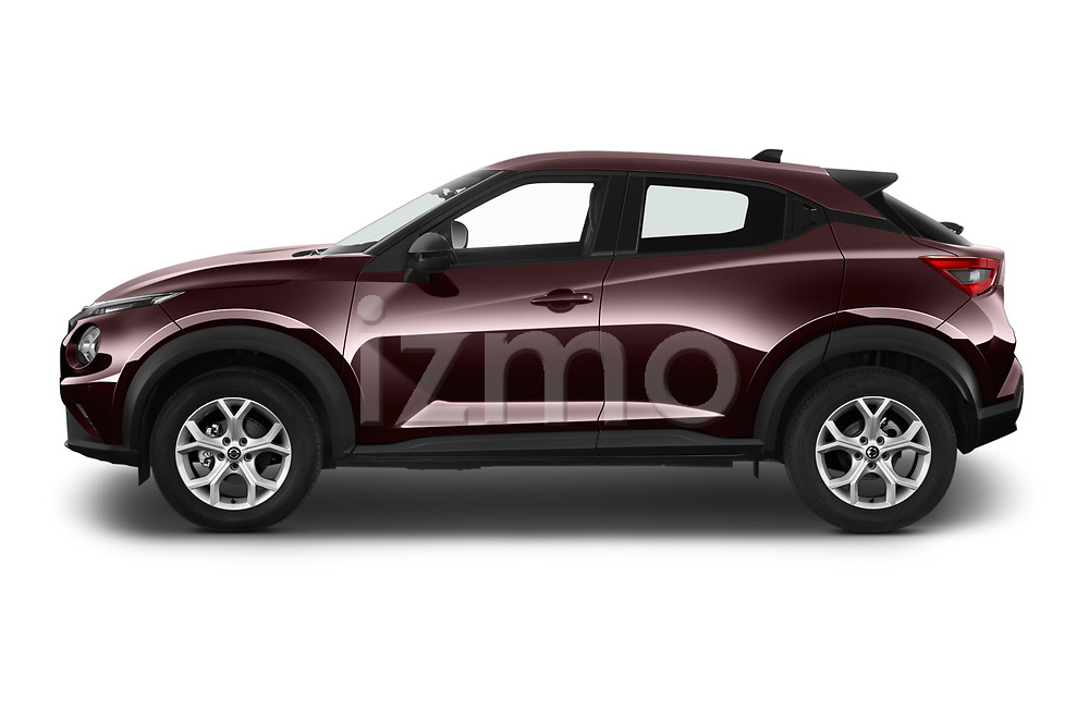 Car Driver side profile view of a 2020 Nissan Juke 5 Door SUV Side View