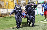 BOGOTA - COLOMBIA, 19-09-2020: Bogotá F.C. y Unión Magdalena en partido por la fecha 8 del Torneo BetPlay DIMAYOR I 2020 jugado en el estadio Metropolitano de Techo de la ciudad de Bogota. / Bogota F.C. and Union Magdalena in match for the date 8 as part of BetPlay DIMAYOR Tournament I 2020 played at the Metropolitano de Techo stadium of Bogota city. Photos: VizzorImage / Felipe Caicedo / Staff
