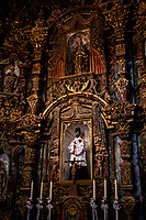 Arizona Tucson Mission of Saint Xavier del Bac, spanish Catholic mission Interiors Interni