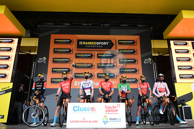 Bahrain Victorious best team after yesterdays stage at sign on before Stage 9 of the 2021 Tour de France, running 150.8km from Cluses to Tignes, France. 4th July 2021.  <br /> Picture: A.S.O./Pauline Ballet | Cyclefile<br /> <br /> All photos usage must carry mandatory copyright credit (© Cyclefile | A.S.O./Pauline Ballet)