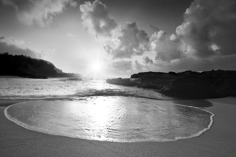 Lumaha'i Beach at sunset. Kauai, Hawaii