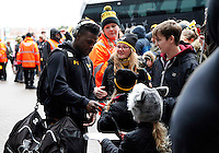 Photo: Richard Lane/Richard Lane Photography. Wasps v Newcastle Falcons. Aviva Premiership. 06/02/2016. Wasps' Christian Wade signs autographs for supporters as the team arrive at the stadium.