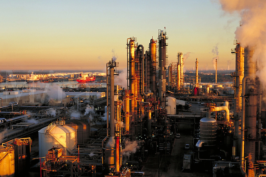 oil refinery, Texas