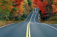 USA, Vermont. Road in Autumn