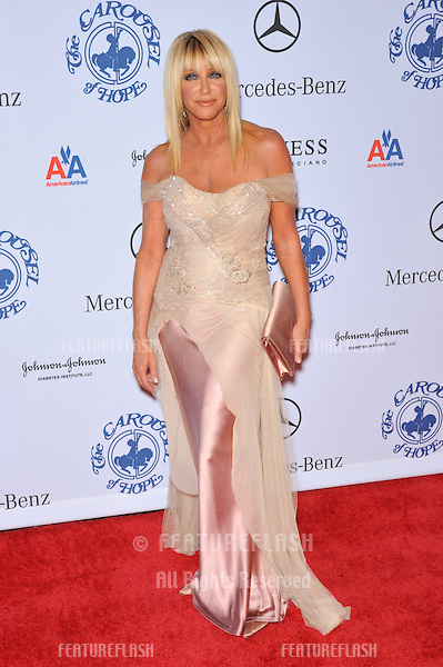 Suzanne Somers at the 2008 Carousel of Hope Ball at the Beverly Hilton Hotel, Beverly Hills, CA..October 25, 2008  Los Angeles, CA.Picture: Paul Smith / Featureflash