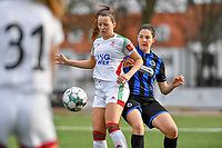 OHL's Hannah Eurlings pictured defending the ball for Frieke Temmerman (17 Brugge) during a female soccer game between Club Brugge Dames YLA and Oud Heverlee Leuven on the 8 th matchday of the 2020 - 2021 season of Belgian Scooore Womens Super League , saturday 21 th November 2020  in Knokke , Belgium . PHOTO SPORTPIX.BE | SPP | DAVID CATRY