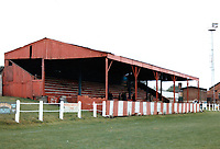 Tickhill Square, home of Denaby United Football Club (South Yorkshire), pictured October 1989 - Gavin Ellis/TGSPHOTO - Self billing applies where appropriate - 0845 094 6026 - contact@tgsphoto.co.uk - NO UNPAID USE.