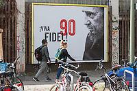 Plakat der Tageszeitung junge Welt anlaesslich des 90. Geburtstag des Cubanischen Revolutionsfuehrers Fidel Castro.<br /> 9.8.2016, Berlin<br /> Copyright: Christian-Ditsch.de<br /> [Inhaltsveraendernde Manipulation des Fotos nur nach ausdruecklicher Genehmigung des Fotografen. Vereinbarungen ueber Abtretung von Persoenlichkeitsrechten/Model Release der abgebildeten Person/Personen liegen nicht vor. NO MODEL RELEASE! Nur fuer Redaktionelle Zwecke. Don't publish without copyright Christian-Ditsch.de, Veroeffentlichung nur mit Fotografennennung, sowie gegen Honorar, MwSt. und Beleg. Konto: I N G - D i B a, IBAN DE58500105175400192269, BIC INGDDEFFXXX, Kontakt: post@christian-ditsch.de<br /> Bei der Bearbeitung der Dateiinformationen darf die Urheberkennzeichnung in den EXIF- und  IPTC-Daten nicht entfernt werden, diese sind in digitalen Medien nach §95c UrhG rechtlich geschuetzt. Der Urhebervermerk wird gemaess §13 UrhG verlangt.]