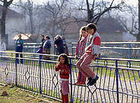 Children during the United Nation<br /> 1999 peace mission in Bosnia<br /> <br /> <br /> <br /> photo : (c)  Images Distribution
