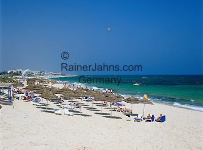 Tunisia, The Sahel, Port El Kantaoui: Beach scene   Tunesien, Sahel, Port El Kantaoui: Strand