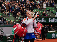 Paris, France, 03 June, 2016, Tennis, Roland Garros, Semifinal women, Kiki Bertens (NED) gets emoticonal after here match against Serena Williams (USA)<br /> Photo: Henk Koster/tennisimages.com
