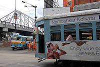"Asien Suedasien Indien Westbengalen Megacity Kalkutta , Strassenbahn an der Howrah Bruecke - Nahverkehr xagndaz | .South asia India Westbengal Calcutta Kolkatta - tram at Howrah bridge - traffic  .| [ copyright (c) Joerg Boethling / agenda , Veroeffentlichung nur gegen Honorar und Belegexemplar an / publication only with royalties and copy to:  agenda PG   Rothestr. 66   Germany D-22765 Hamburg   ph. ++49 40 391 907 14   e-mail: boethling@agenda-fototext.de   www.agenda-fototext.de   Bank: Hamburger Sparkasse  BLZ 200 505 50  Kto. 1281 120 178   IBAN: DE96 2005 0550 1281 1201 78   BIC: ""HASPDEHH"" ,  WEITERE MOTIVE ZU DIESEM THEMA SIND VORHANDEN!! MORE PICTURES ON THIS SUBJECT AVAILABLE!!  ] [#0,26,121#]"