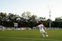 Kansas City, MO - Saturday May 28, 2016: FC Kansas City midfielder Yael Averbuch (10). FC Kansas City defeated Orlando Pride 2-0 during a regular season National Women's Soccer League (NWSL) match at Swope Soccer Village.