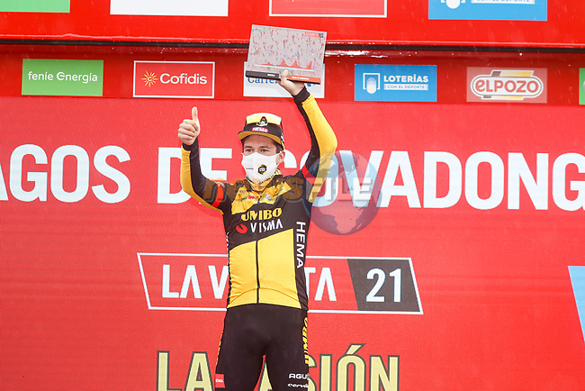 Primoz Roglic (SLO) Jumbo-Visma wins Stage 17 of La Vuelta d'Espana 2021, running 185.8km from Unquera to Lagos de Covadonga, Spain. 1st September 2021.    <br /> Picture: Luis Angel Gomez/Photogomezsport | Cyclefile<br /> <br /> All photos usage must carry mandatory copyright credit (© Cyclefile | Luis Angel Gomez/Photogomezsport)