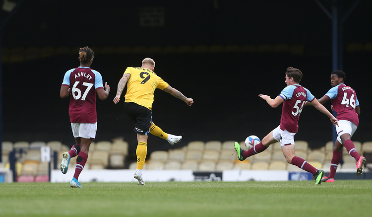 Southend United's Stephen Humphrys scores his side's first goal  <br /> <br /> Photographer Rob Newell/CameraSport<br /> <br /> EFL Trophy Southern Section Group A - Southend United v West Ham United U21 - Tuesday 8th September 2020 - Roots Hall - Southend-on-Sea<br />  <br /> World Copyright © 2020 CameraSport. All rights reserved. 43 Linden Ave. Countesthorpe. Leicester. England. LE8 5PG - Tel: +44 (0) 116 277 4147 - admin@camerasport.com - www.camerasport.com
