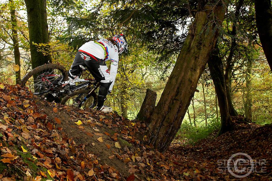Tracy Moseley  riding downhill on trek session dh bike..Moseley family farm , Storridge , nr Malvern , Worcestershire..November 2010 pic copyright Steve Behr / stockfile