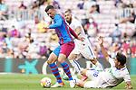 FC Barcelona's Clement Lenglet (l) and Getafe CF's Enes Unal during La Liga match. August 29, 2021. (ALTERPHOTOS/Acero)