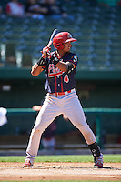 Peoria Chiefs third baseman Leobaldo Pina (4) at bat during the second game of a doubleheader against the South Bend Cubs on July 25, 2016 at Four Winds Field in South Bend, Indiana.  South Bend defeated Peoria 9-2.  (Mike Janes/Four Seam Images)
