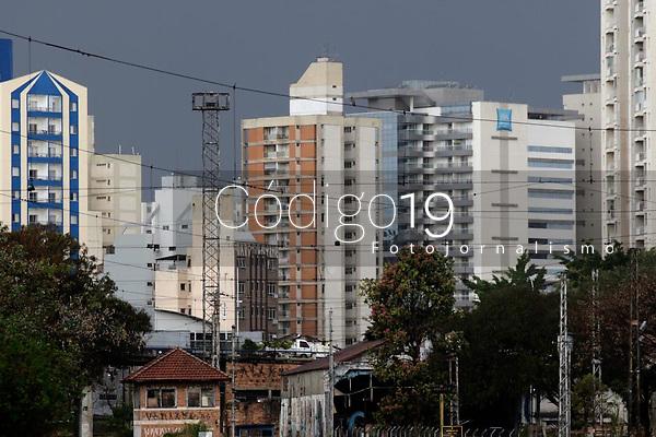Campinas (SP), 16/08/2021 - Clima - Chuva atinge a cidade de Campinas (SP), na tarde desta segunda-feira (16).