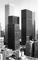 Toronto Financial District : Toronto Dominion Centre by Ludwig Mies van der Rohe, John B. Parkin and Associates, Bregman + Hamann Architects<br /> <br /> Photo : Boris Spremo - Toronto Star archives - AQP