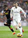 Real Madrid's Garet Bale (r) and RCD Espanyol's Hernan Perez during La Liga match. February 18,2017. (ALTERPHOTOS/Acero)