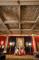 Europe/France/Provence-Alpes-Côte d'Azur/06/Alpes-Maritimes/Nice:  Hôtel: Le Négresco-Le Salon Louis XV ou  Le Salon Versailles avec son Plafond à caisson