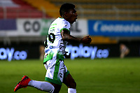 BOGOTA - COLOMBIA, 21-11-2020: Joan Castro de La Equidad, corre a celebrar el gol anotado a Deportivo Cali, durante partido entre La Equidad y Deportivo Cali, de los Cuartos de Final Ida por la Liga BetPlay DIMAYOR 2020, jugado en el estadio Metropolitano de Techo en la ciudad de Bogota.  / Joan Castro of La Equidad runs to celebrate the scored goal to Deportivo Cali, during a match between La Equidad and Deportivo Cali, of the Quarterfinal First leg for BetPlay DIMAYOR League 2020 at the Metropolitano de Techo stadium in Bogota city. / Photo: VizzorImage  / Daniel Garzon / Cont.