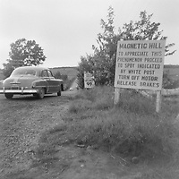 Magnetic Hill  vers 1950 (date exacte inconnue)