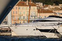 Europe/Provence-Alpes-Côte d'Azur/83/Var/Saint-Tropez: Le port -les Yachts